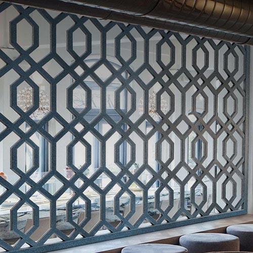 Bello-Faux-Iron-Wall-Design