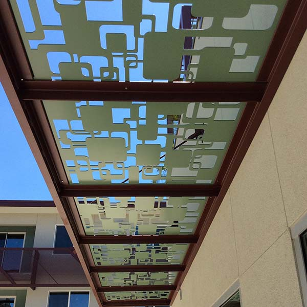 Bello-Panels-Used-for-Mid-Day-Shade-for-Windows