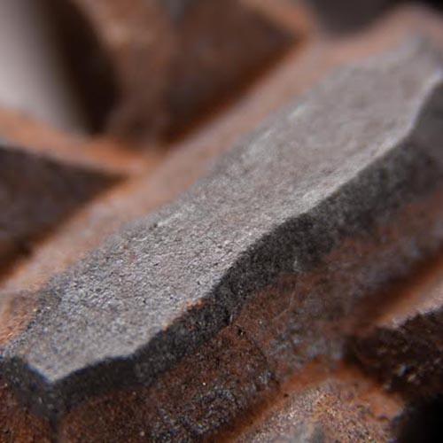 Faux-Iron-Detail
